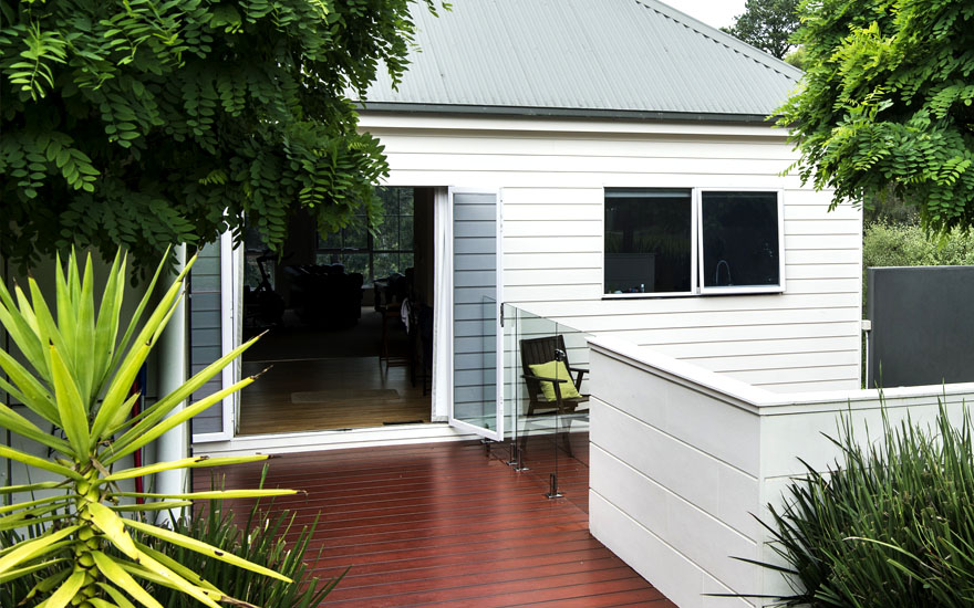 Warrandyte Home timber deck replaced with HardieDeck